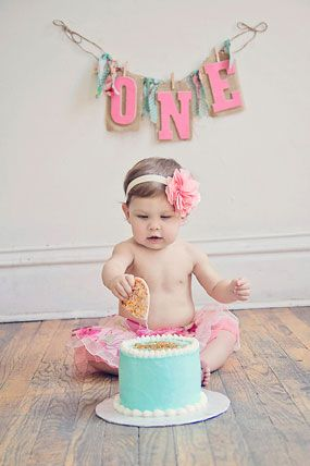 1st birthday cake smash photography | Haley's Sweet First Birthday Cake Smash Photography with Mom | Baby ...