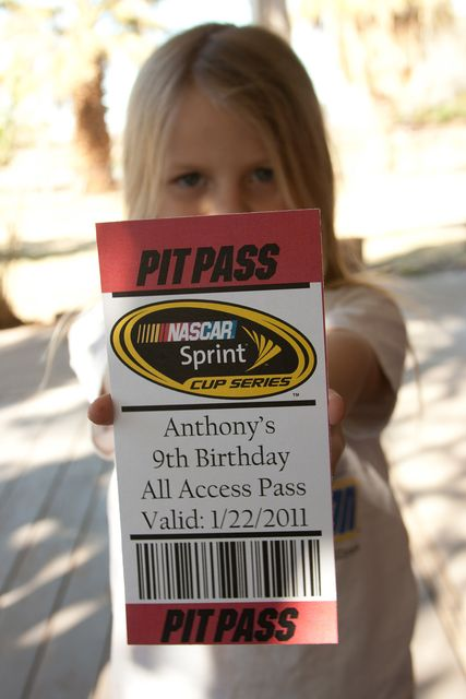 Race Car Birthday Invite Idea #carlovers #futurehoseltoncustomers