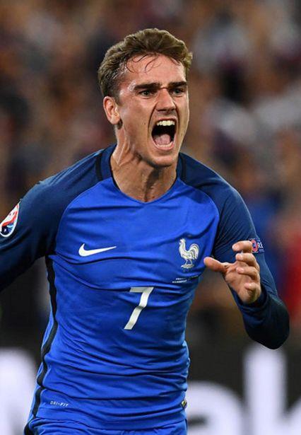 Remplaçant au coup d'envoi, Antoine Griezmann a délivré les Bleus en marquant le premier but de l'équipe de France dans les arrêts de jeu.