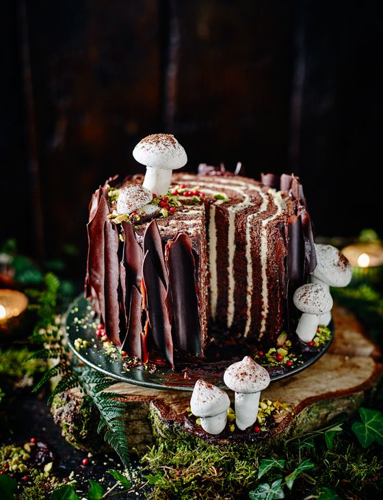 Tree stump cake - This cake is essentially a gigantic Swiss roll. Add chocolate bark and meringue mushrooms to complete the brilliant effect.