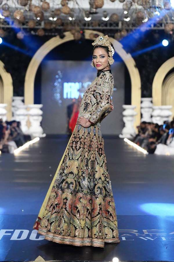 PFDC L'Oreal Bridal Fashion Week 2013 – Ali Xeeshan [Jageer]
