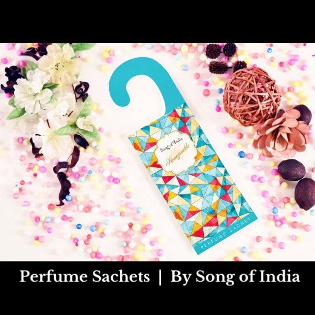 From closets to desk drawers - your personal fragrant companion  Our Perfume Sachets are just perfect for any cozy space!  Check out more @ http://ift.tt/2sQciPk #songofindia #songofindiaindulgence #loveforfragrance #smellssogood #fragrance #scentedgoodness #perfumesachets #handmadewithlove #handmade #perfumebags #natural #scents #beatuifulthings #instapic #instagram #instalikes #homedecor #homefragrance #homeessentials #fragrantproducts #picoftheday #finishingtouches #interiordesign…