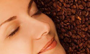 Flow Magazine - DIY: Θεραπείες ομορφιάς με καφέ