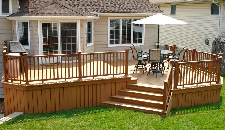 trex bi level deck with trex railings long island decks pinterest
