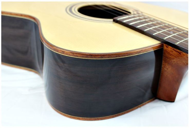 Mayson M5/S - Luthier series marquis model. The Mayson M5/S offers true craftmanship at an incredible price. Hamdmade in the traditional Mayson style, including the patented neck-body joint and headstock V Joint