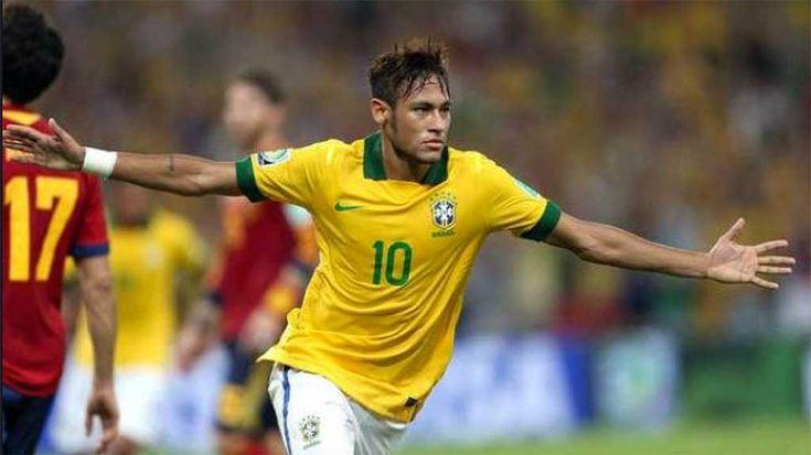 Con mucho tiempo de antelación, el seleccionador de Brasil ha dado a conocer el nombre de hasta 15 jugadores que cuentan con plaza asegurada para estar en el Mundial de Rusia.