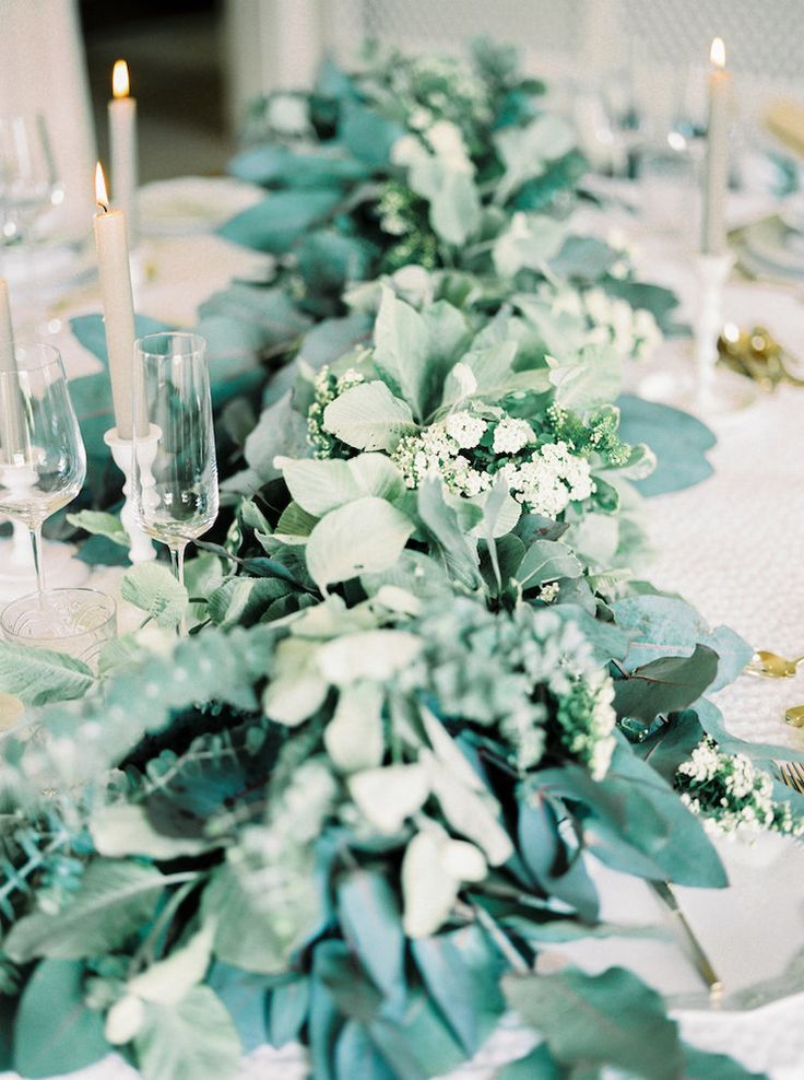 Table Wreath | Lily & Sage | Luxury Wedding Planning & Styling | Photography - Katie Julia | Flowers - Westwood Design.
