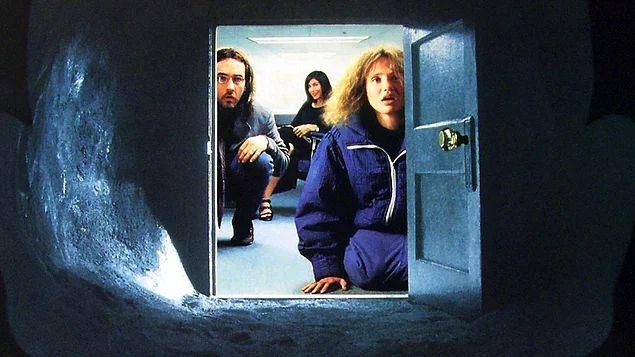 """John Malkovich'in Zihnine Açılan Kapı"" | John Malkovich Olmak (1999)"