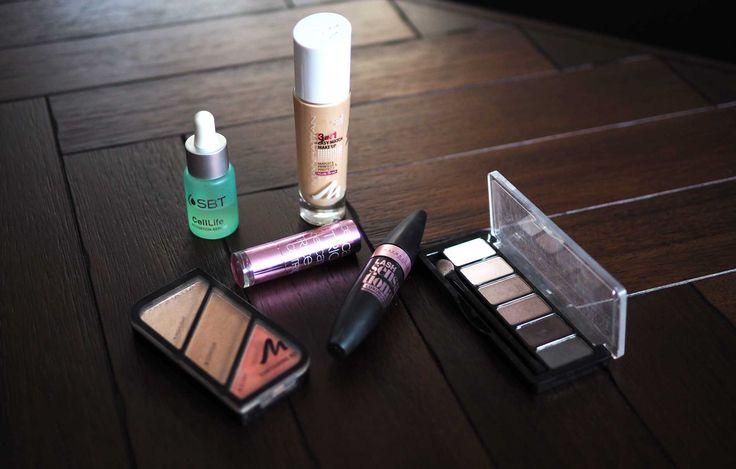 Meine tägliche Make-up Routine plus Beautyprodukte Jetzt zeige ich euch meine tägliche 5 Minuten Beauty und Make up Routine im Bad.