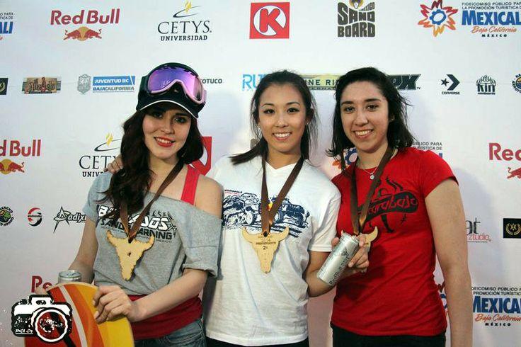 Las mujeres también marcan fuerte presencia en este deporte. Estas son las 3 ganadoras de la categoría femenil:   1-Andrea Seleste 2-Karen Cahng 3-Fernanda Ruiz