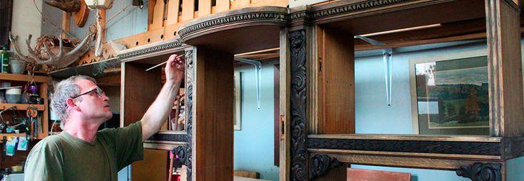 Вашей мебели нужен ремонт? Деревянная мебель нуждается в реставрации? Ремонт старинной деревянной антикварной мебели, реставрация и покраска кресел, шкафов, стульев и комодов. Восстановление полированной мебели и фасадов.