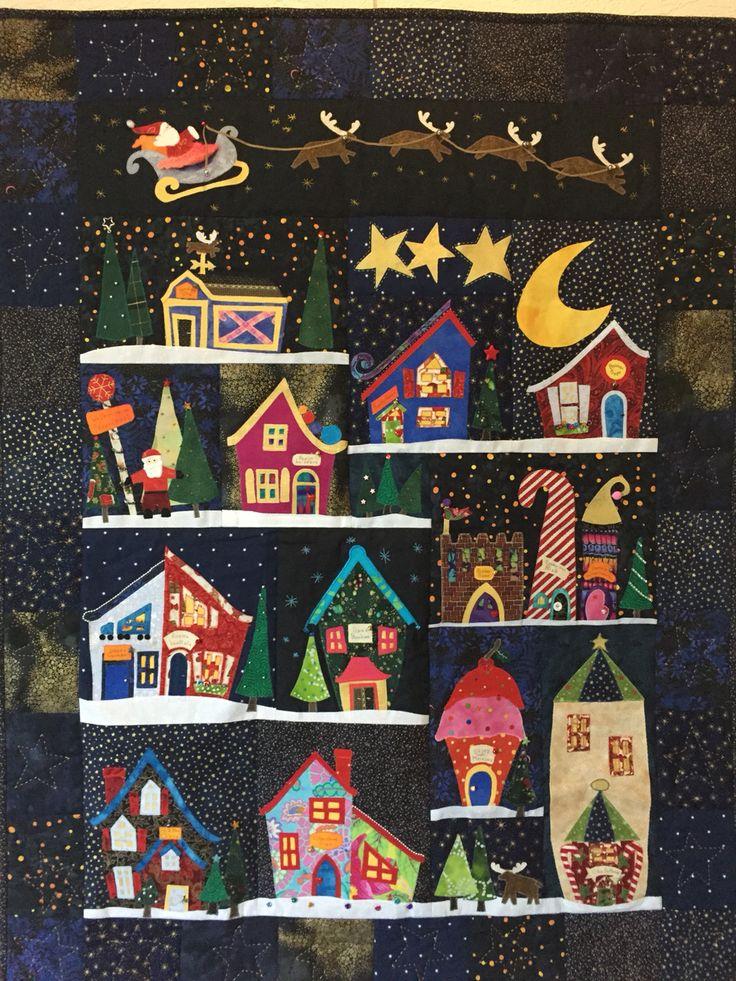 """Christmas quilt. De familie op de  Noordpool Astrid Briedé 2016 Mijn kerst quilt """"Welcome to the North Pole""""ik heb er zelf veranderingen in gemaakt"""