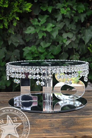 Acrylic Crystal Cake Stand | Numbers | Round