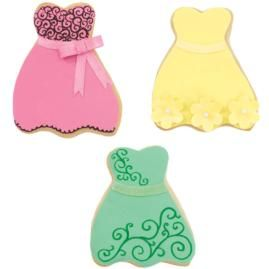 Bridesmaids will be jumping at the chance to get their hands on one of these dress-shaped cookies!: Cookies Ideas, Shower Ideas, Princesses Dresses, Bridesmaid Cookies Cut, Bridemaid Cookies, Bridesmaids Fun, Bridesmaid Dresses Shap, Dresses Cookies, Bride Bridesmaid Cookies