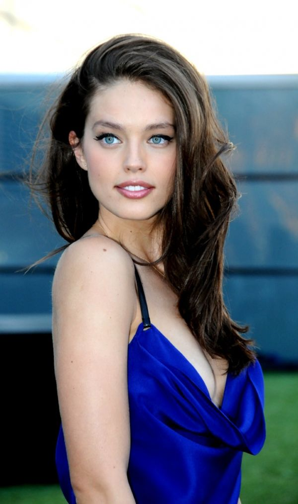 Emily Didonato as Tate Collins in UGLY LOVE by Colleen Hoover