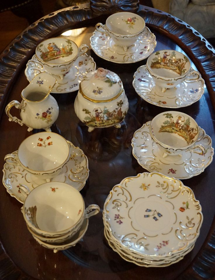 Wallendorfer Tea Set                                                                                                                                                                                 Más