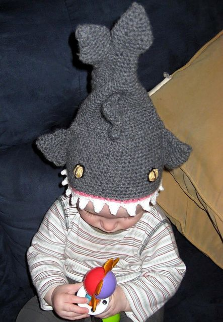 Nom Nom Nom.... this is the most hilarious hat I've ever seen. Shark Hat pattern by Andrea of Dreas Crochet