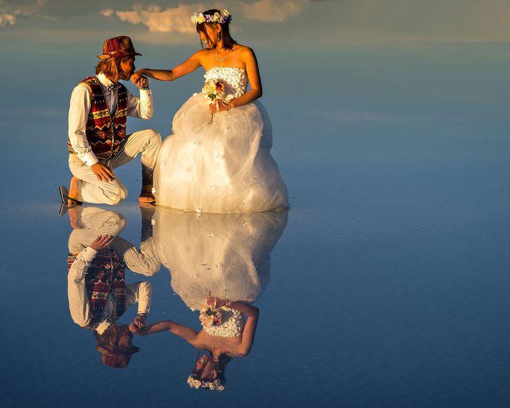 Fotografia Wedding reflections in El Salar de Uyuni at sunset de Ignacio Palacios na 500px
