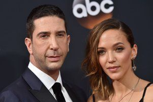 "Business as usual for David Schwimmer after split from wife ! ""Business as usual for David Schwimmer after split from wife"" DETAYLAR İÇERDE https://www.oderece.net/business-as-usual-for-david-schwimmer-after-split-from-wife/"