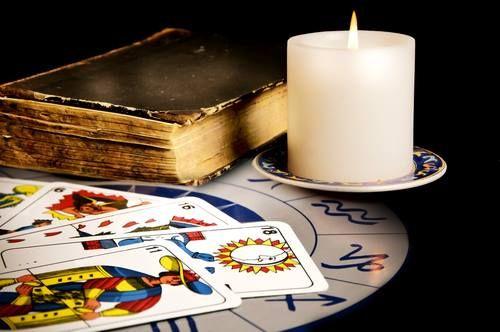 Tarot gitano gratis http://ift.tt/1SNyou8 #lecturagitana Tarot en línea cartomancia gratis
