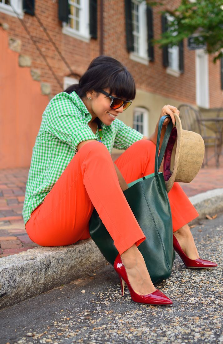 green gingham shirt and orange pants outfit...perfect for spring!