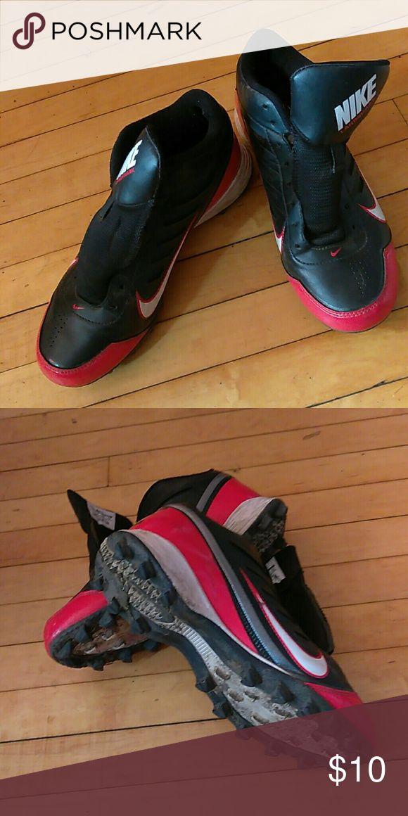 Nike football cleats Nike boy football cleats no shoelaces Nike Shoes Sneakers