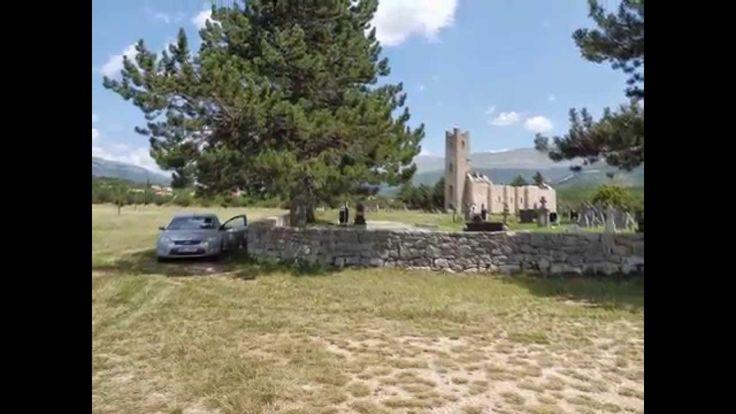 Karst spring (pramen) Cetiny, kostel Sv. Spasitele a okolí http://jhrdy.webgarden.cz/rubriky/chorvatsko-2014/nase-plaz-baska-voda-2014