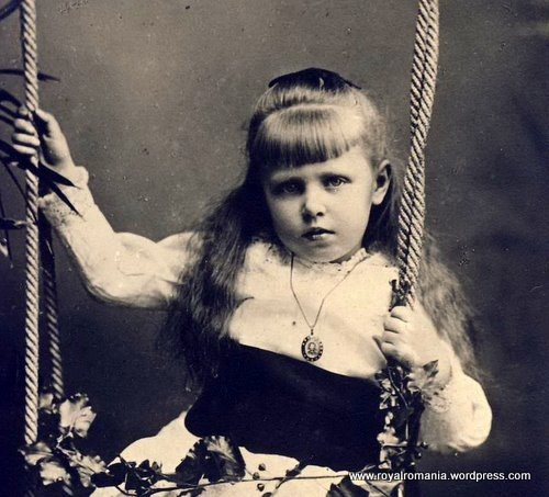 A sweet portrait of Princess Marie of Edinburgh, eldest daughter of Prince Alfred and Princess Marie of Edinburgh and Saxe-Coburg-Gotha.  Marie was Queen Victoria's 24th grandchild.