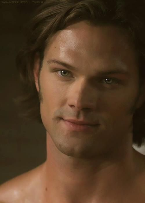 Jared Padalecki his eyes tho >>>