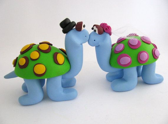 custom wedding cake topper  turtle love  polymer by yaelsplace,