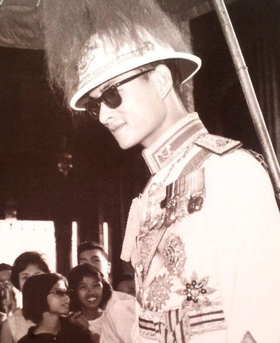 his majesty bhumibol adulyadej history essay His majesty, with the support of the late princess mother, developed a real love for art in his younger years he became interested in painting, photography, music and literature as a child, and began taking lessons while in switzerland from 1937 to 1945.
