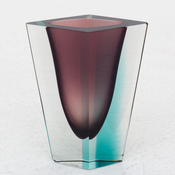 """Kaj Franck - """"Prisma"""" vase"""