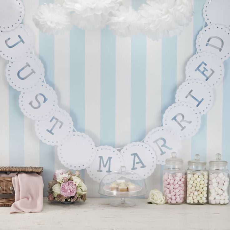Just Married bunting with vintage inspired laser cut lace edging. The letters are cut out on each card pendant to read Just Married. Ready to use, this 3.5 meter Just Married bunting adds a romantic touch to your wedding venue.
