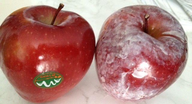 Önts az almára forróvizet, és figyeld, ahogy ez a rákkeltő anyag kicsapódik a héján!