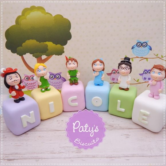 Cubos Decorados Peter Pan - Peter Pan, Sininho (Tinker Bell), Capitão Gancho, Wendy, João e Miguel - Festa Infantil - Paty's Biscuit