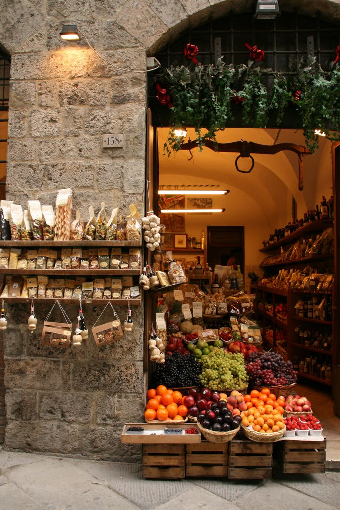Antica Bottega ~ Via di Citta' 158, Siena, Italy. I love this little deli/market/produce stand. I shopped here everyday during the week I spent here.
