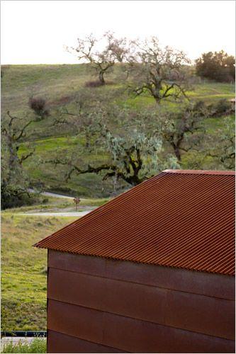 California Retreat - The New York Times > Home & Garden > Slide Show > Slide 2 of 14