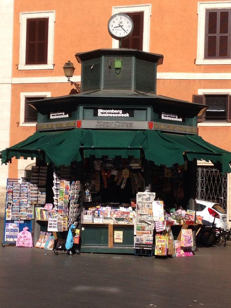 Rome - Piazza San Lorenzo in Lucina - Old newspaper shop