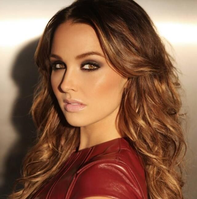 Camilla Luddington those eyes though love the makeup