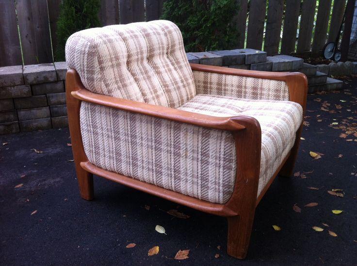 70's rare teak chair  pacificjunctionshop@gmail.com