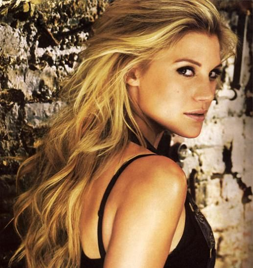 """Katee Sackhoff is an American actress known mainly for playing Captain Kara """"Starbuck"""" Thrace on the Sci Fi Channel's television program Battlestar Galactica. Description from wallpapers4you.co.uk. I searched for this on bing.com/images"""