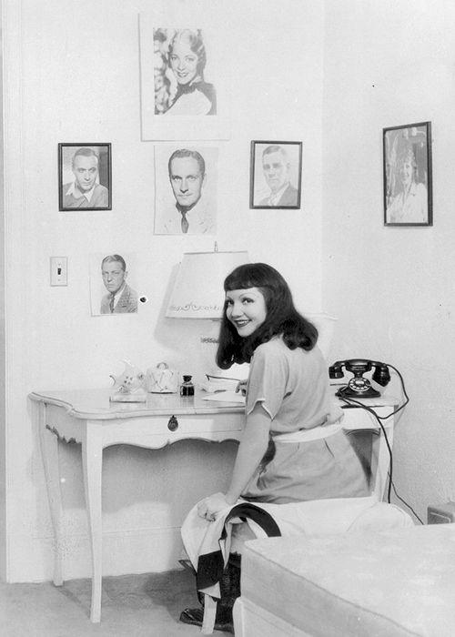 Claudette Colbert in her dressing room, 1934