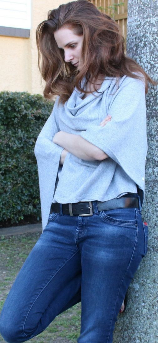 How to wear a cashmere travel wrap http://www.worldtraveltribe.com/how-to-wear-a-cashmere-travel-wrap/ #Cashmere #TravelWrap