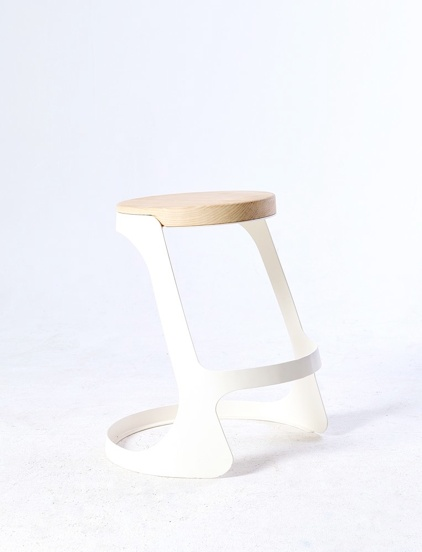 Black to stool by Studio248