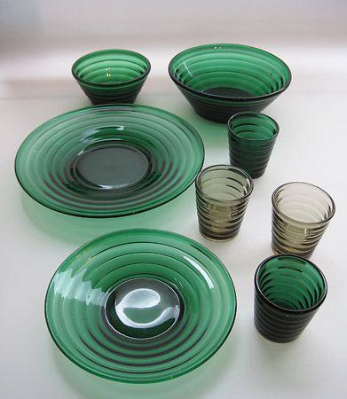 Lasikammari–Tableware