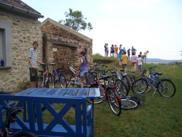 KerékBár: bringás mennyország a Káli-medencében