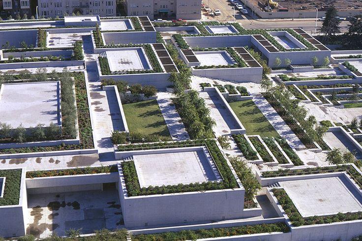 Dan kiley oakland museum of art landscape by design for Oakland landscape design
