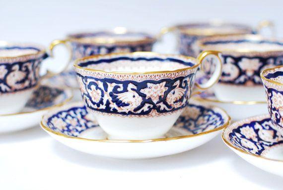 Tazza da tè piattino Ellesmere Crown Staffordshire Cobalt Blue Gold Griffin Chaucers manoscritto Vintage inglese Cina Teaware Sostituisci partita trovare