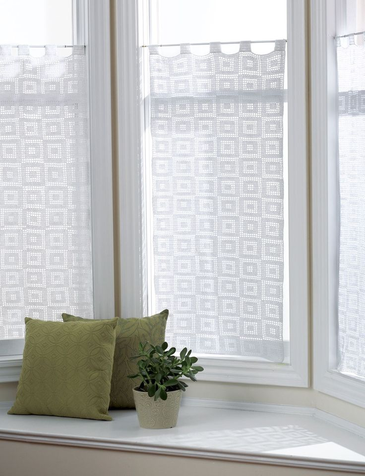 Blocks Curtains Lacy Curtains With A Simple Geometric Blocks In Blocks Free Pattern Blockscurtain Patternscrochet Home Decorcrochet