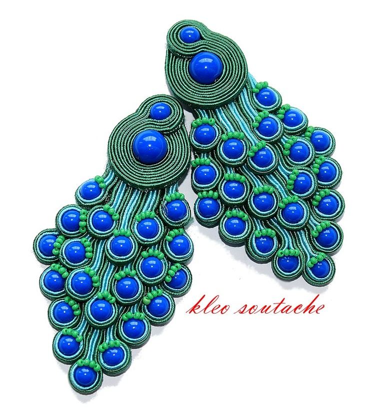 Sutasz Kleo /Soutache jewellery.  Stunning peacock earrings.